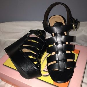 Women heels, color: Black